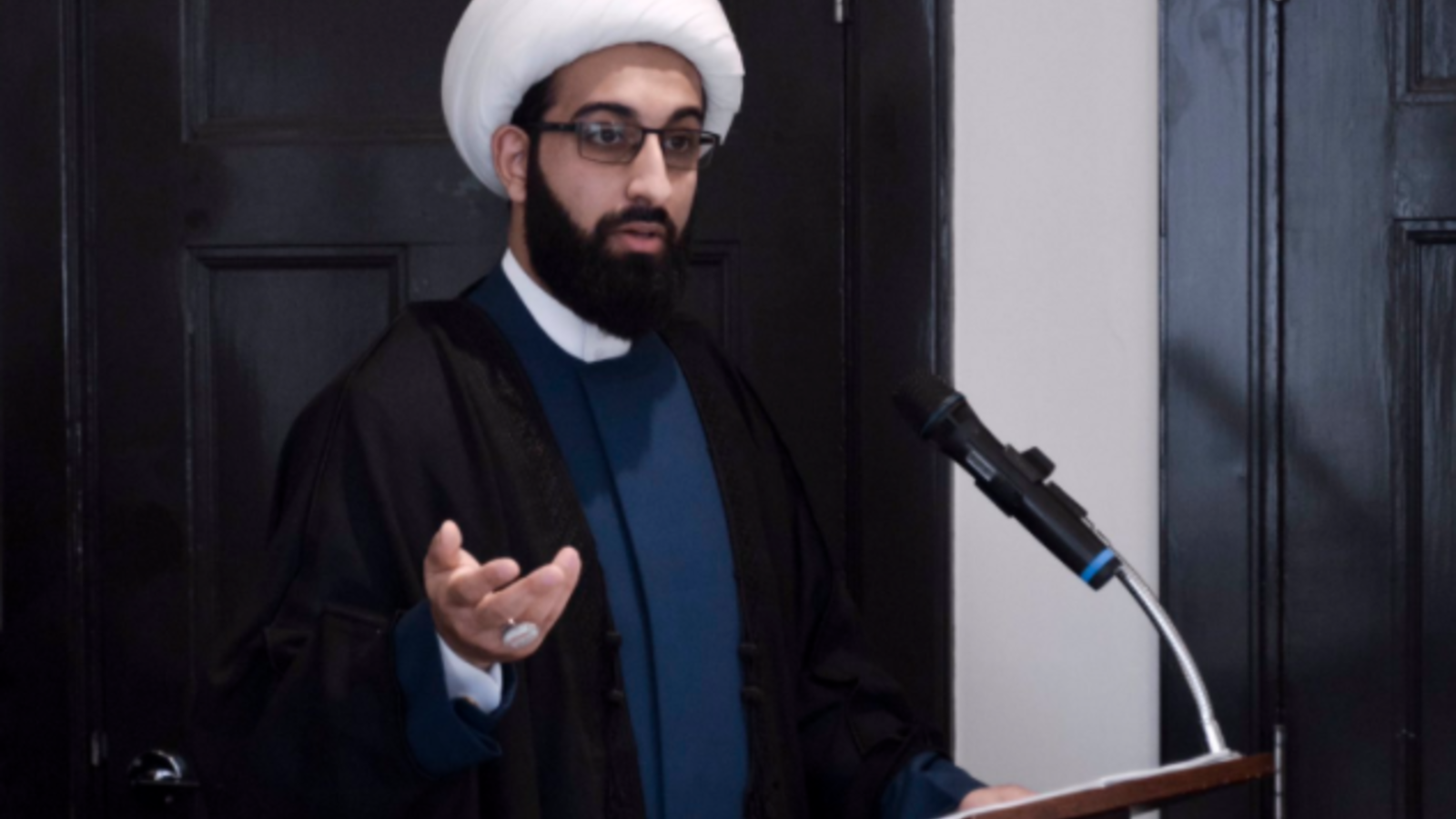 Imam Tawhidi is a controversial figure, yet his message of reform and peace has resonated with many. (Pic: Twitter @Imamofpeace)