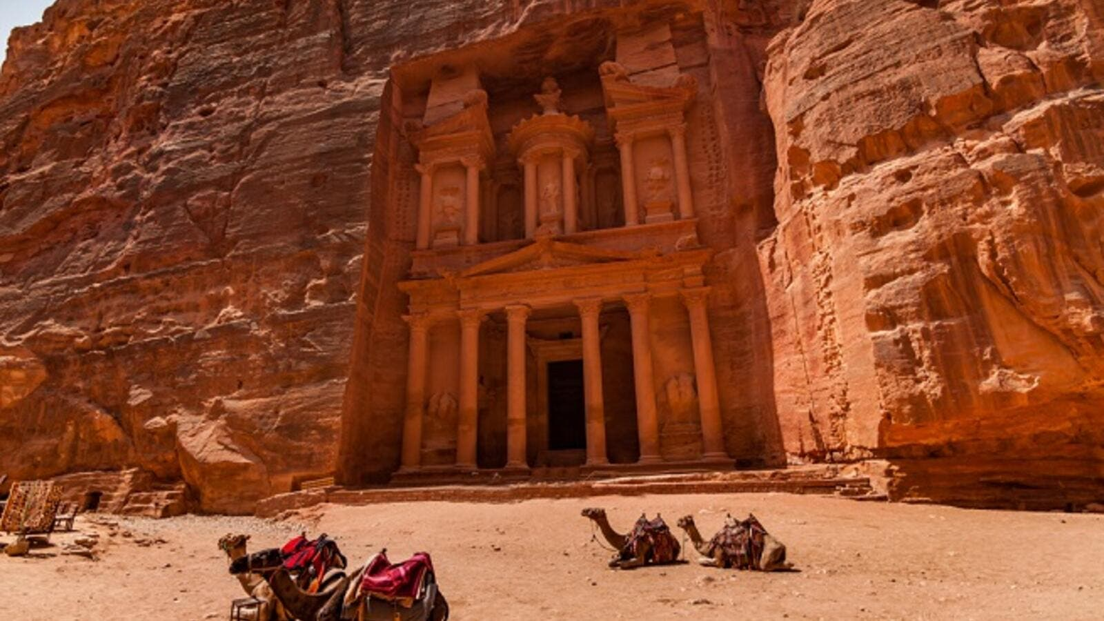 Jordan: Number of Petra Visitors Rises Considerably in February | Al