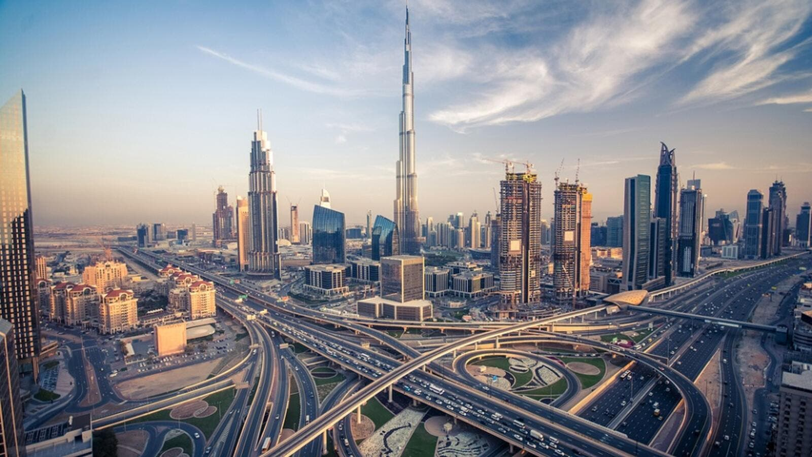 Dubai's Economy to Grow at 2 5 Percent Annually Over the