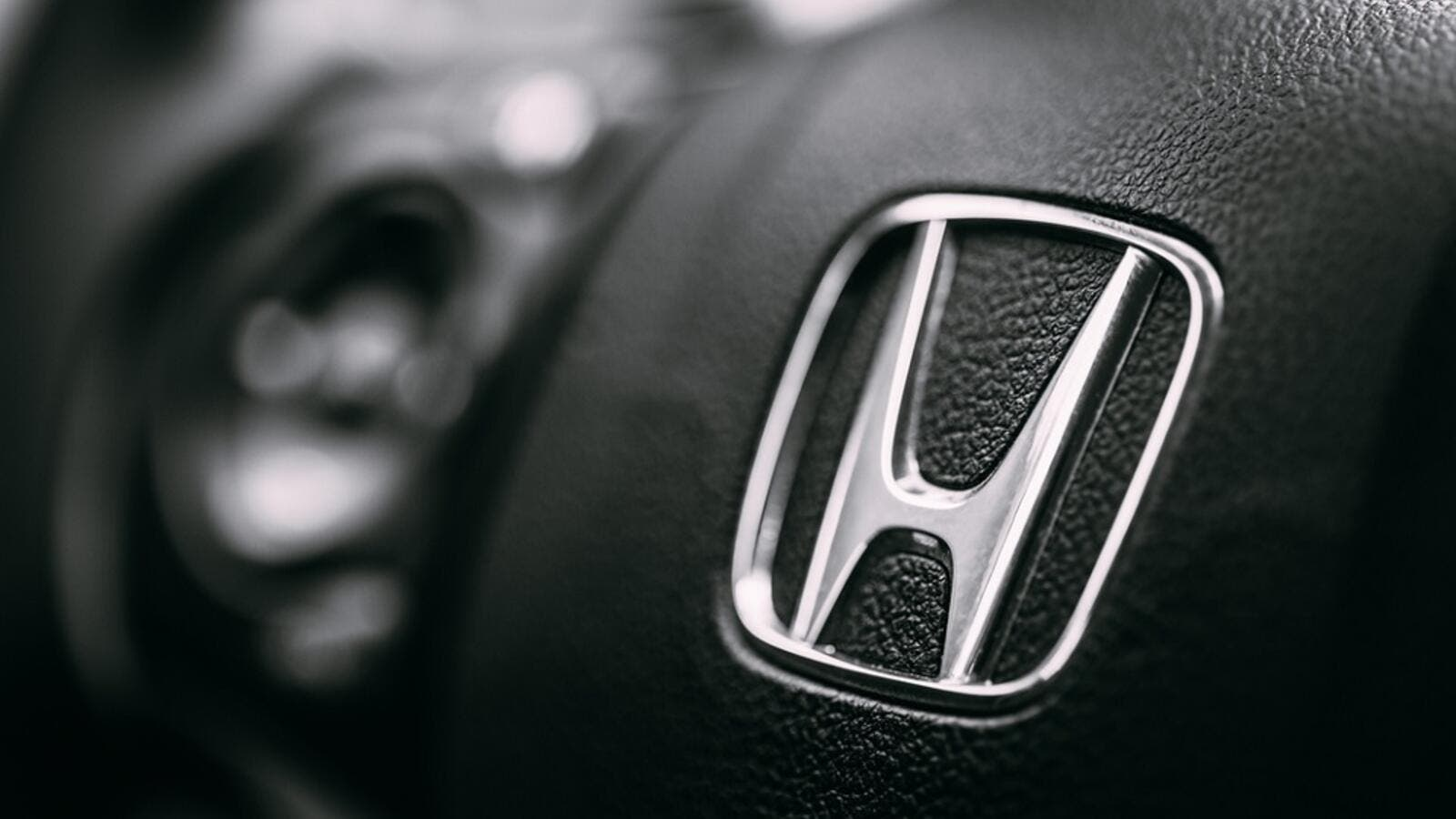 Recalls Honda Com >> Honda Recalls Cars In Uae Due To A Problem With The Airbags