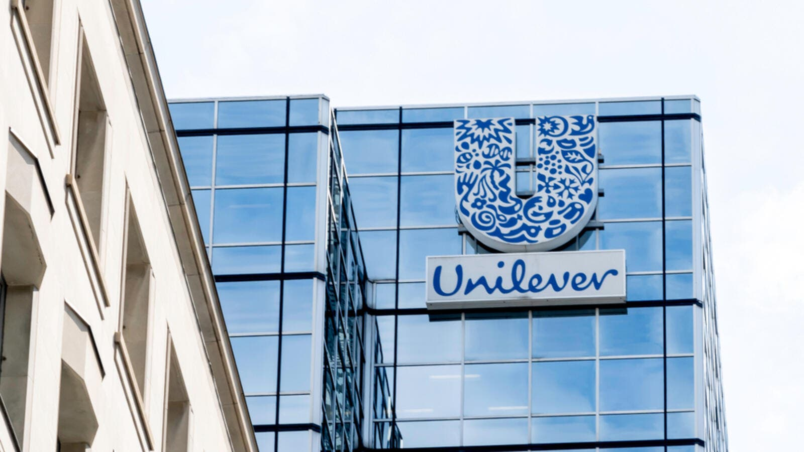 Unilever to invest 1 bln euros in climate fund over 10 years