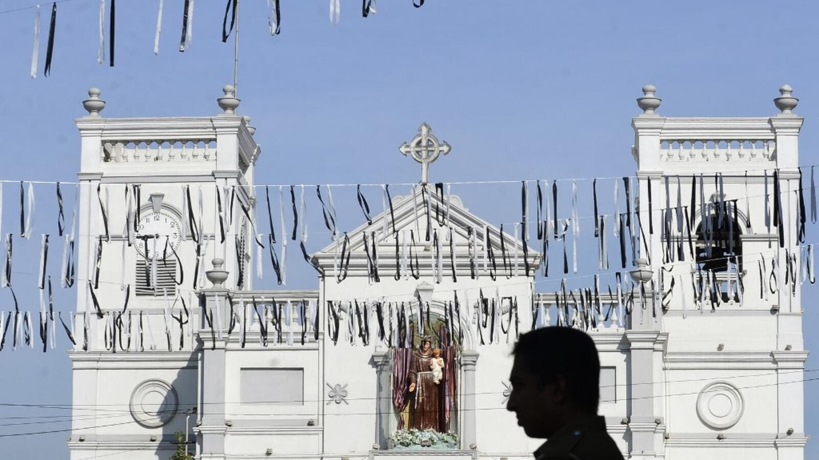 Sri Lanka fell silent for three minutes April 23 on a day of national mourning to honour more than 300 people killed in suicide bomb blasts that have been blamed on a local Islamist group. (AFP)