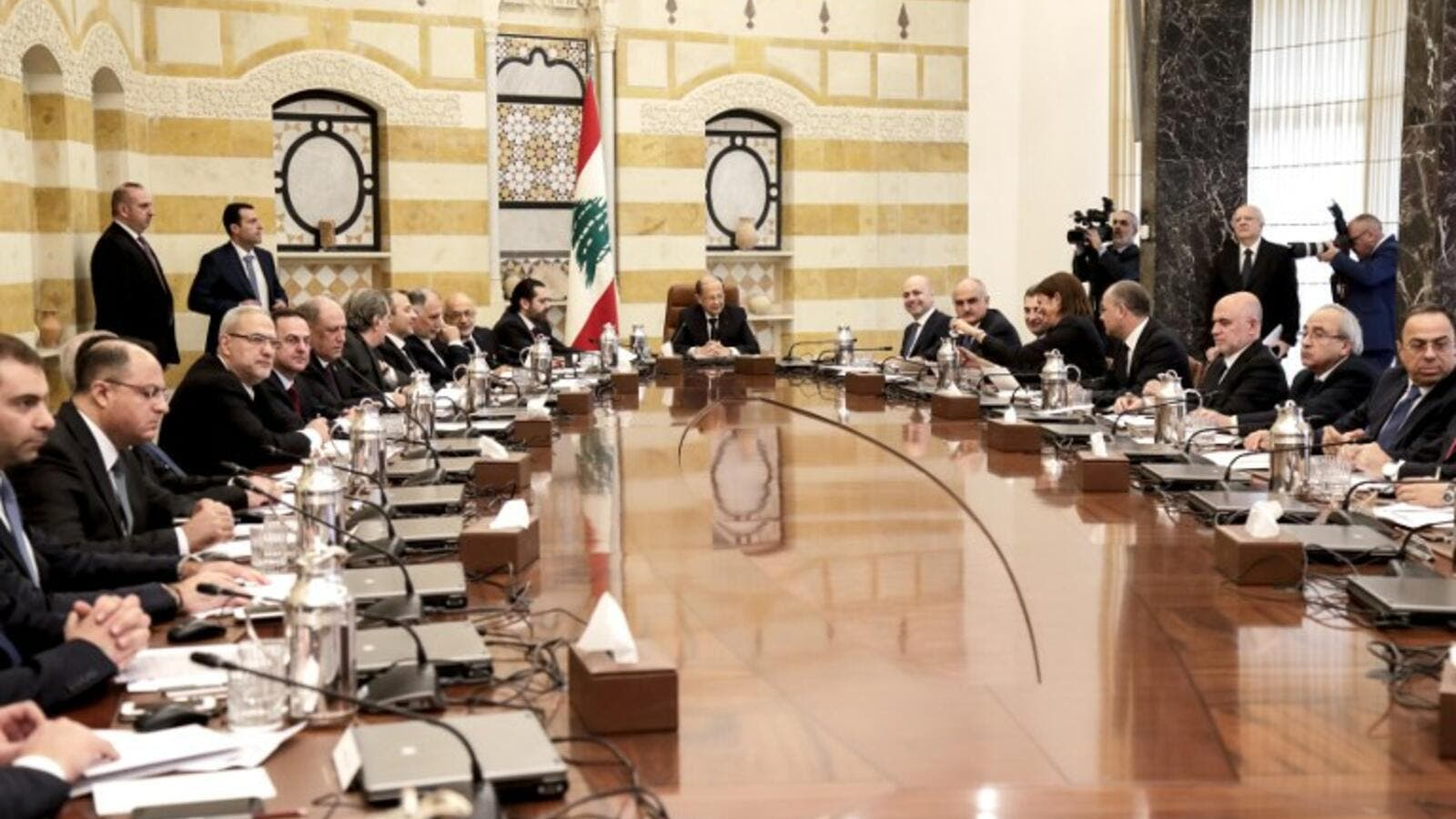 Lebanese President Michel Aoun (C) chairs the new government's first cabinet meeting. (AFP/ File Photo)