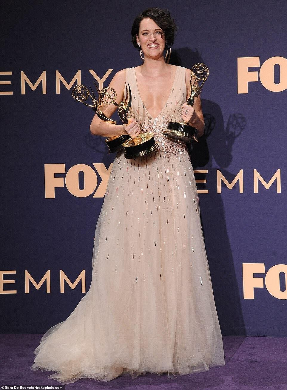 Phoebe Louis Dreyfus: Emmys 2019: Phoebe Waller-Bridge Takes Home Three Gong At