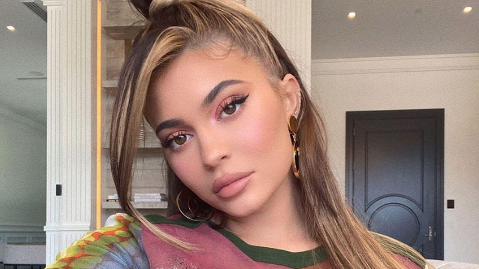 Kylie Jenners Instagram post leads to a surge in voting