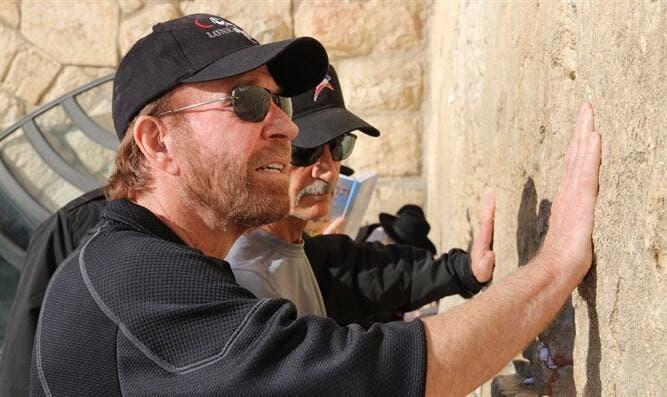 Chuck Norris surprises fans with secret visit to Israel ...
