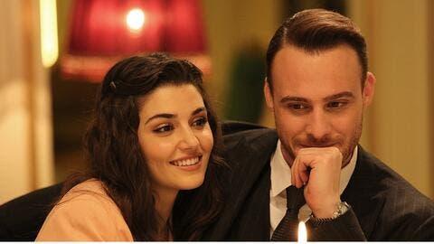 Sex in Bathtub! Hande Erçel and Kerem Bürsin Go Intimate in the HOTTEST Scene of Sen Çal Kapımı (Video)