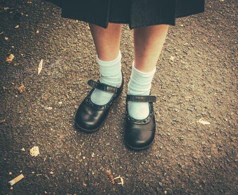 UK School Bullies Muslim Girl For a 'Too Long' Skirt!