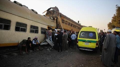 إصابة 15 شخصا جراء خروج قطار عن القضبان في مصر