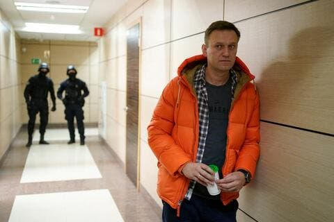 Russia Ignores US Threats Over Navalny's Health Condition