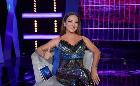 سخرية من أمل عرفة بعد ظهورها في إعلان شيبس.. والمتابعون: