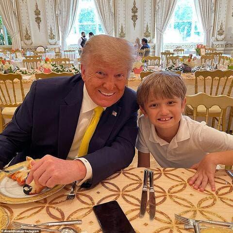 Donald, Melania Celebrate Easter Sunday in Palm Beach