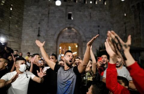 Palestinians Celebrate Israeli Police Withdrawal From Jerusalem's Damascus Gate