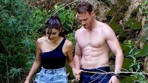 CONFIRMED! Kerem Bürsin and Hande Erçel Finally ANNOUNCE Their Love: Candid Pictures and Messages
