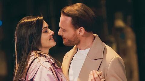 Kerem Bürsin and Hande Erçel Talk About Love in Ramadan (Pictures)