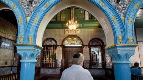 Die-Hard Jewish Pilgrims Refuse to Leave Ukraine's Border With Belarus Despite COVID Restrictions
