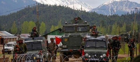 فرنسا تنصح رعاياها وشركاتها بمغادرة باكستان