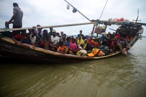 UNHCR Officials Visit Rohingya Camp on Remote Bangladeshi Island