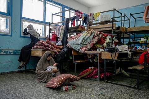 اسرائيل تبلغ بـ قصف مدارس الاونروا بعد لجوء 40 الف فلسطيني اليها