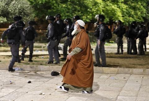 Israeli Police Storm Al Aqsa Mosque: 200 Palestinians Injured