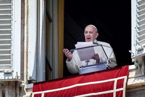 Pope Francis Calls For Peace in Jerusalem