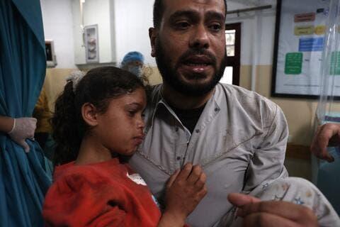Israeli Warplanes Continue Attacks on Gaza