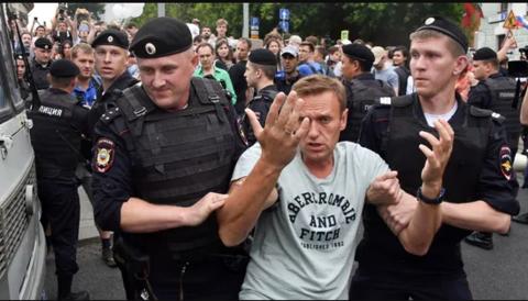 Alexei Navalny's Doctor Has Vanished!