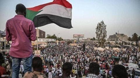 حمدوك يطرح مبادرة بشأن قضايا الانتقال الديمقراطي