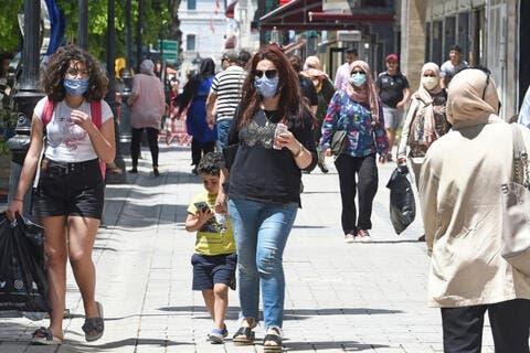 تونس: اصابة رئيس الحكومة وتوسيع الحظر على 3 ولايات بسبب كورونا