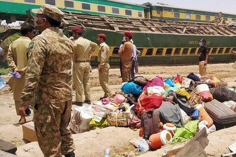 Passenger Trains Collision Kills 35 in Pakistan