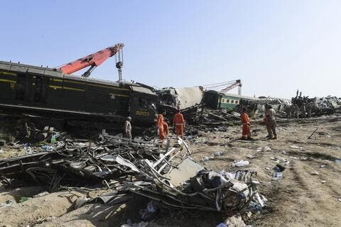 Pakistan: Trains Collision Death Toll Rises to 51