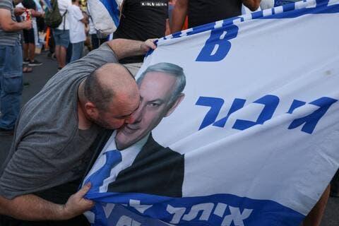 End of a Netanyahu Era: Naftali Bennet in The Israeli Driving Seat