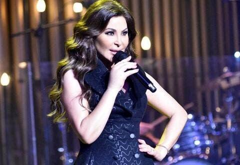 إليسا تغني في أربيل ونفاذ التذاكر رغم سعرها الباهظ!