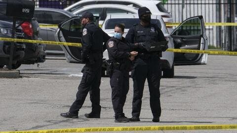 US: Mass Shootings  During Weekend Leave 7 Killed, 44 Wounded