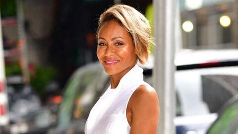 Hijabi on Easter! Fans Convinced that Jada Pinkett Smith Has Converted to Islam & Beyoncé's Mom Makes a Comment