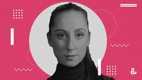 Meet Folk-Pop Artist Holly Lovelady in Her Interview with Albawaba!