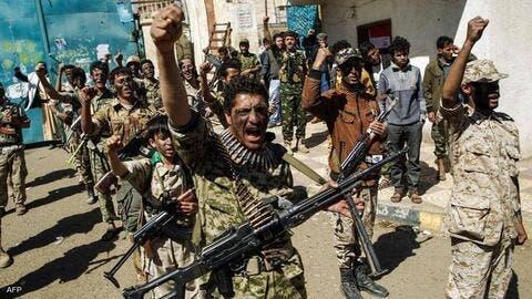 الحوثيون يهددون آخر معاقل الحكومة في مأرب