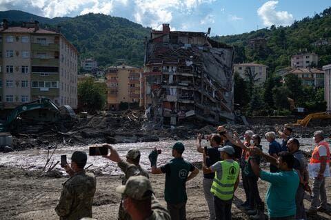Turkey: 87 Die in Black Sea Floods