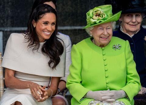 الملكة اليزابيث سعيدة لغياب ميغان ماركل عن جنازة الأمير فيليب لهذا السبب!