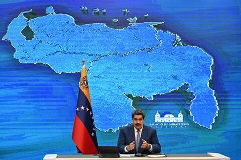 Constitutional Court 7-Day Delay in Decision Continues to Detain Venezuelan Diplomat