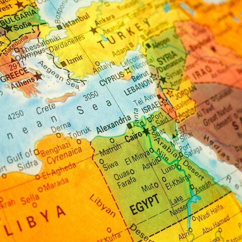 مصر: الحكومة تعفي خدمات قناة السويس من القيمة المضافة