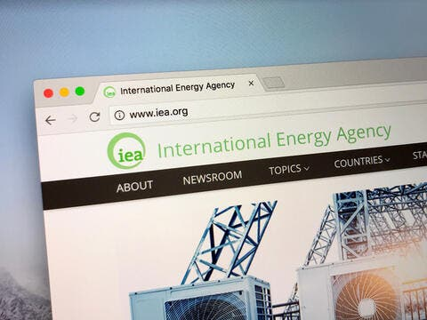 IEA: CO2 Emissions Rise in December Due to Economic Recovery