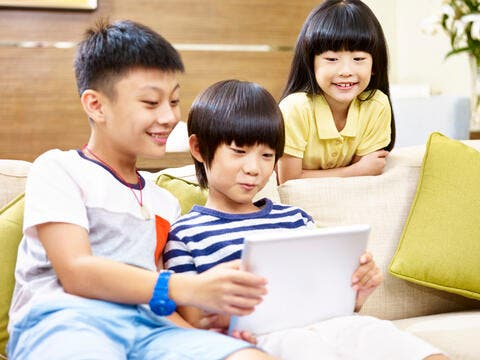 China Gaming Shares Soar Despite Authorities Limitation on Kids' Online Playing Time