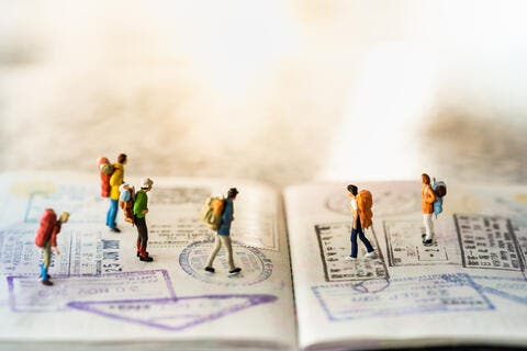 Looking for a Job in UAE? Here's How You Can Avoid Labour and Visa Fraud