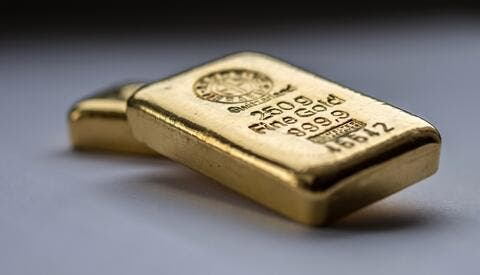 Gold Prices Slip As Investors Shift to Digital Assets