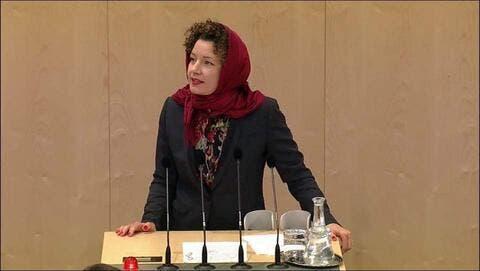 Activists Make Powerful Hijab Statement in Austria