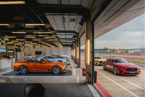 بنتلي تعلن عن ميزات سيارتها كونتينينتال GT سبيد الجديدة