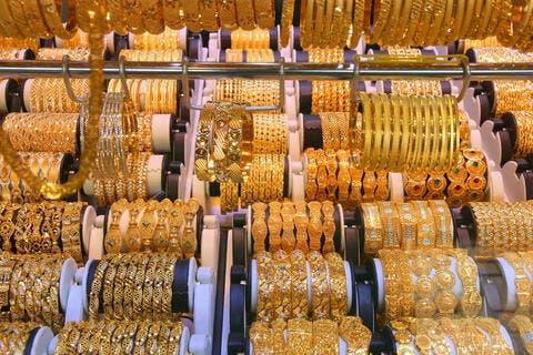أسعار الذهب في الإمارات تسجل ارتفاعاً اليوم
