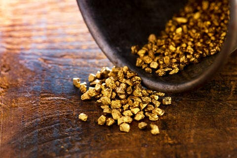 Why Gold Will Remain the Star of Safe-Havens in 2021
